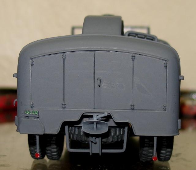 kfz.385 tankwagen Italeri 1/35 - Page 2 111105112200667019006860