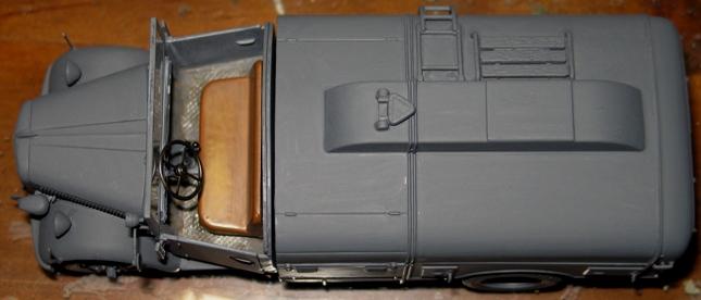 kfz.385 tankwagen Italeri 1/35 - Page 2 111105112231667019006863