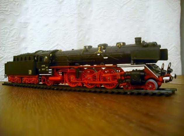 Locomotives statiques 1111200744551251409072348