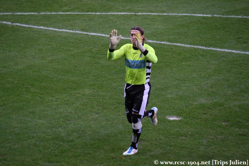 R.Charleroi.S.C. - FCV Dender EH [Photos] 1-0 1112041032461369139136359