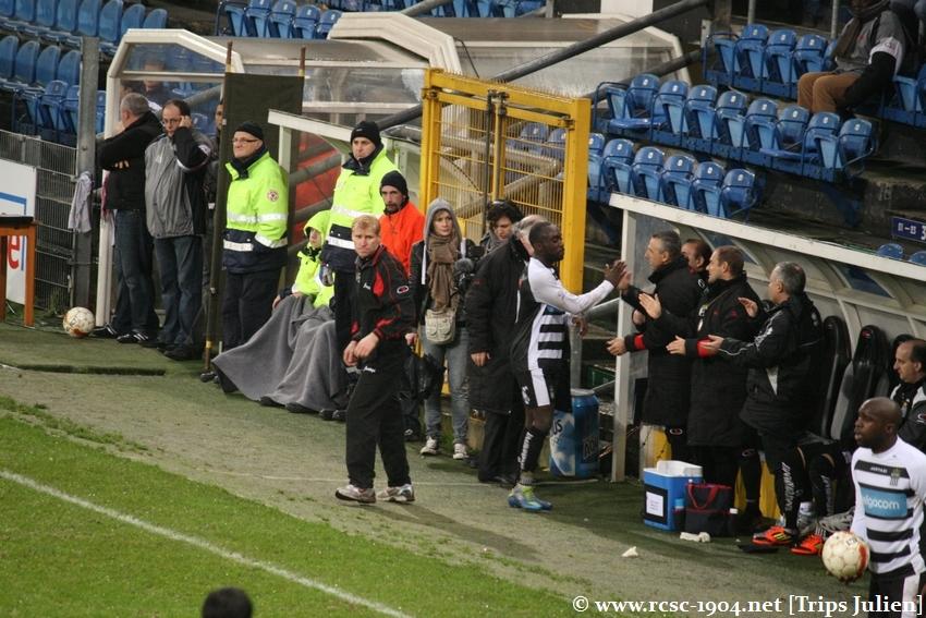 R.Charleroi.S.C. - FCV Dender EH [Photos] 1-0 1112041042031369139136423