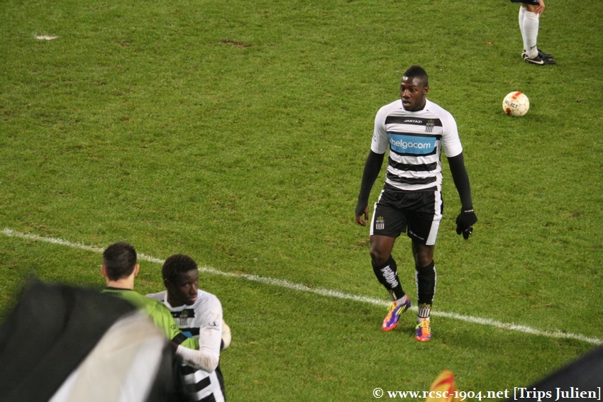 R.Charleroi.S.C. - FCV Dender EH [Photos] 1-0 1112041042201369139136429