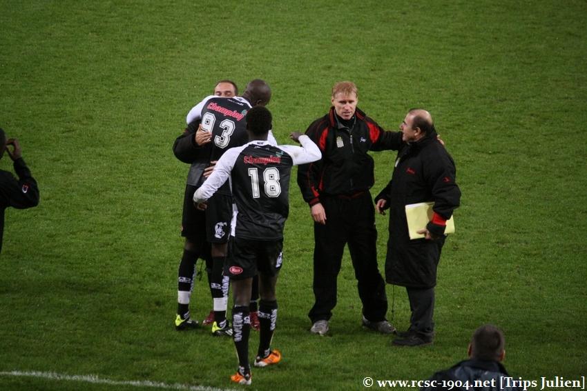 R.Charleroi.S.C. - FCV Dender EH [Photos] 1-0 1112041043201369139136445