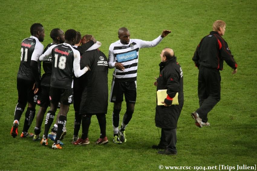 R.Charleroi.S.C. - FCV Dender EH [Photos] 1-0 1112041043321369139136448