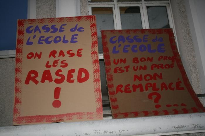http://nsm06.casimages.com/img/2011/12/06/111206071357390119143328.jpg